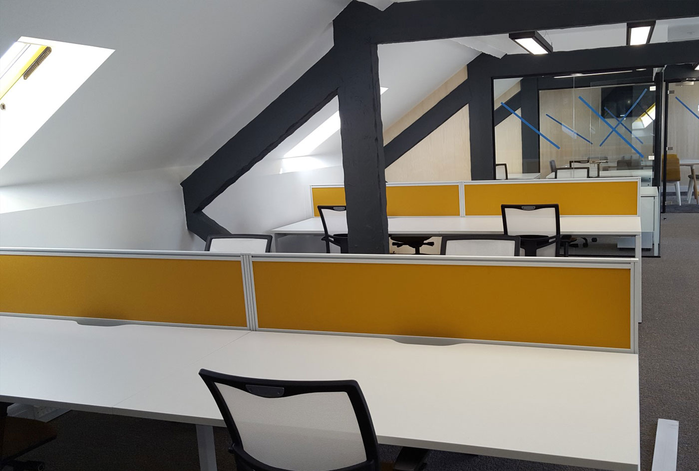 Unidays 4th floor Fitout, Desking and Seating